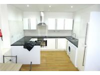 2 Bedroom Apartment To Rent Reddish, Stockport. Newly Refurbished. Close to Town. Inc Parking bed
