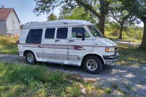 3/4 Ton, 2500 Ram, Dodge Van , Very clean, for Sale: