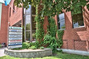 Longueuil: 620 pi2-Espace de bureaux à louer; très bien situé!