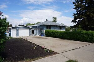 FOR SALE! 4 Bdrm Double Lot in Camrose, Alberta