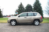 2007 Jeep Compass 4X4 *ONE OWNER & JUST 136K!!  4 NEW TIRES