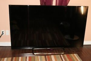 """Sony Bravia KDL-70R550A- 70"""" 1080p 3D LED-LCD HDTV with Wi-Fi"""