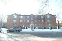2 bedrooms condo for sale in Mount-Royal