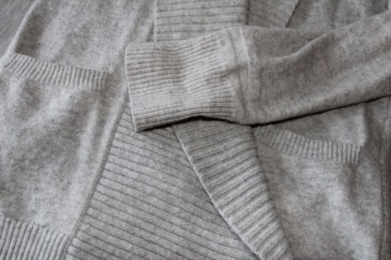 Neutral grey + texture = cozy stylish comfort.