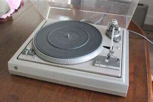 Dual Vintage Turntable-Good Condition