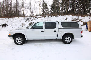 2004 Dodge Dakota Pickup Truck MINT!