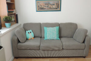 SIMMONS SOFA HIDE BED FOR SALE $ 450