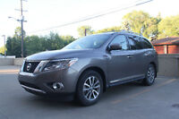 2014 Nissan Pathfinder SL WITH $9000 PROTECT,MAINTENANCE PACKAGE