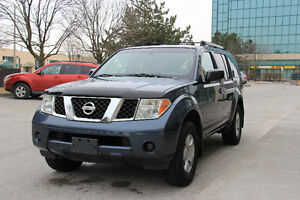 2005 Nissan Pathfinder ** ZERO DOWN FINANCING AVAILABLE **