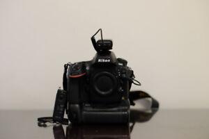 Nikon D800 BODY with original box & Extras - Excellent Condition