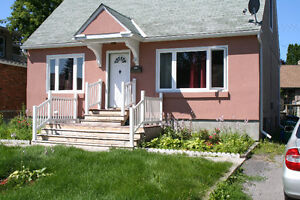 HOUSE FOR RENT TO  FAMILY / PROFESSIONALS / STUDENTS
