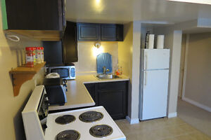 Student Housing Newer Home close to Fleming College Lindsay