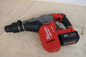 "**POWER** Milwaukee 1-9/16"" SDS Max Hammer Drill, 2717-20"