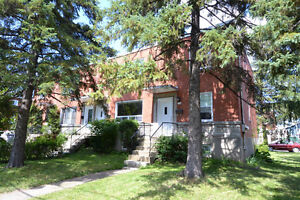 Greenfield Park - 7 1/2 (3 CAC) - $1325