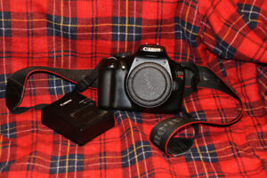 Old Cannon EOS Rebel T3 need repair.