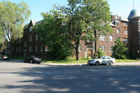 Great large 3-bdr near Concordia's Loyola-Campus!