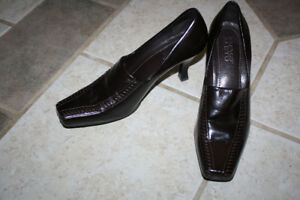 Women's Brown Leather High Heeled Franco Shoes