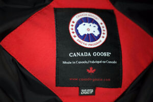 Canada Goose 3/4 Length 2XSmall, RED. Immaculate