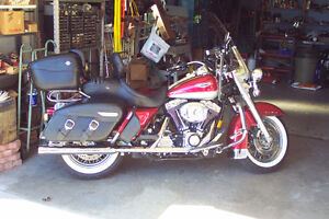 Road King Classic - Super low mileage + Lots of Extras!!