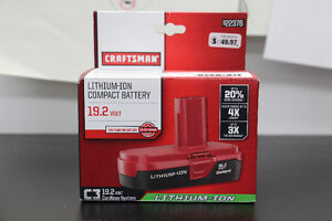 **CRAFTSMAN** 922376 19.2V Lithium-Ion Compact Battery