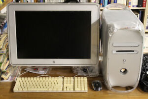 Macintosh G4 complete system with OS X 10.4