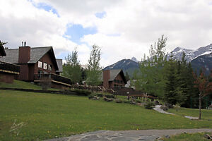 One Week Stay at Banff Gate Mountain Resort -HUGE DISCOUNT