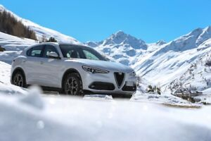 ALFA WINTER WHEEL & TIRE PACKAGE / KIT DE MAG ET PNEUS D'HIVER