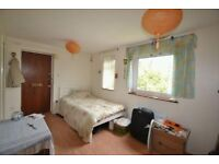 Brilliant and spacious studio flat in Barking