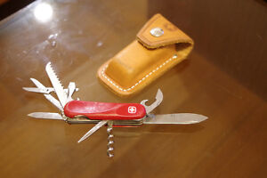 Victorinox Swiss Army Pocket Knife and Leather Holster Kingston Kingston Area image 1