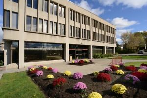 Space for rent  in MEDICAL CENTER *PRIME LOCATION in West Island