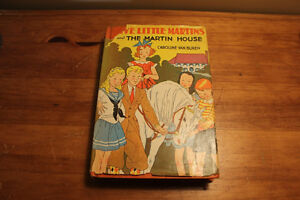 Five Little Martins and The Martiin House - Caroline Van Buren