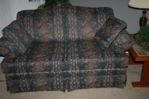 Concordian Love Seat