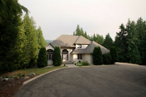 Private Estate on 2.5 Acres in Salmon Arm