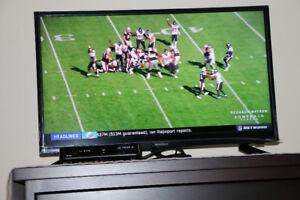32 TV New Insignia