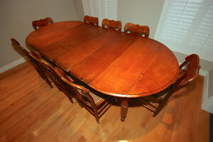 Set Of Antique Tiger Maple Dining Table W 8 Chairs
