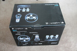 Logitech G27 Steering wheel barely used in box with wraps