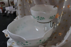 Pyrex chip dip set Kawartha Lakes Peterborough Area image 2