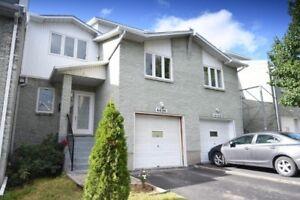 URGENT : WOW nouveaux prix/new prTrès belle maison a deux étages