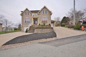 Fabulous 4 Bedroom Home Available NOW! Great location!