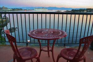 STUNNING VIEW! LOCATION! Furnished/ Shared. Jan.1 to Mar.31