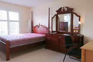 Hwy7/Warden Master bedroom for rent immediately