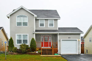 Great Family Home in Southlands St. John's Newfoundland image 1