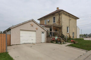Welcome to 27 Mill St., W., Milverton