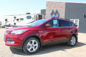 2015 Ford Escape SE 2.0L turbo | $180b/w*| 4wd, Leather, Sunroof