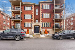 Beautiful 2-Bedroom Condo with Private Garage