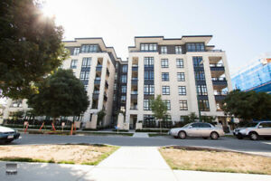 $3800(ORCA_REF#107-168)Oakridge - Main - Furnished Townhouse -
