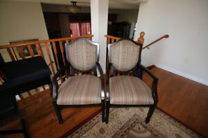 Parlour 3-Piece Seating Set - 2 Chairs and Table