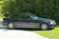 1993 BMW 318is (2 door)