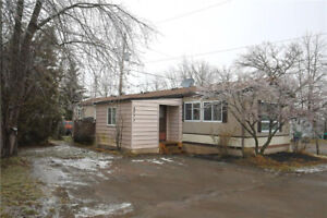 AFFORDABLE EASY LIVING ON ONE LEVEL IN BEAMSVILLE!