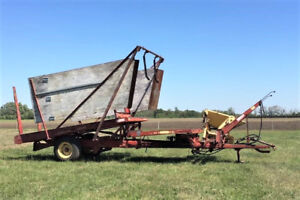 New Holland 1000 Bale Wagon for sale by St. Albert
